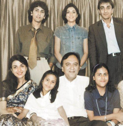 sanjay dutt's respected family
