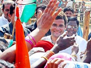 rahul with masses